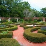 knot-garden-58452_1280